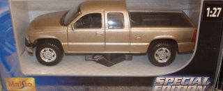 General Motors Chevrolet Silverado Pick Up Truck Die Cast