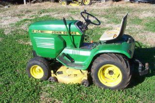 John Deere 214 Lawn Tractor Mower