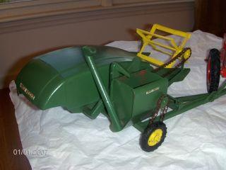John Deere Toy Farm Combine