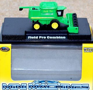 Toy Zone JOHN DEERE FIELD PRO Harvester Combine #99600 Farm Tractor