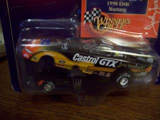 John Force Elvis Presley 1998 Ford Mustang 1 64 Scale Winners Circle