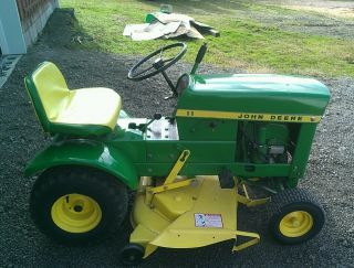 John Deere 60 Riding Lawn Tractor Mower