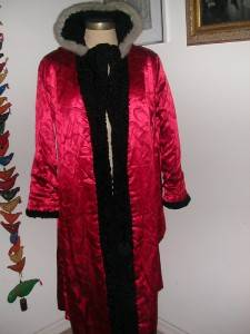 VINTAGE PERSIAN LAMB WOOL FULL LENGTH COAT W SILVER MINK FUR COLLAR