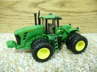 Ertl John Deere Wd Tractor W Duals Farm Toy