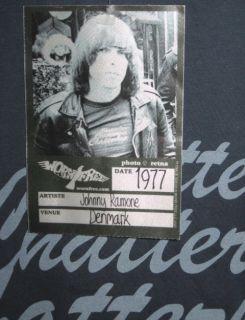 New Worn Free Johnny Ramone 1977 Replica T Shirt XL