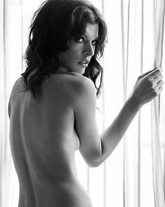 Milla Jovovich 8x10 Black and White Photo 2