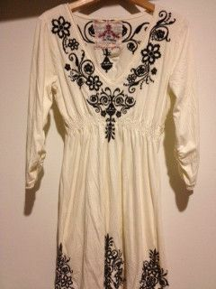 JWLA M Ivory Black Embroidered Dress Lovely