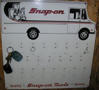 SNAP ON TOOLS TRUCK KEY RACK SNAP ON KEY HOLDER WALL RACK DISPLAY