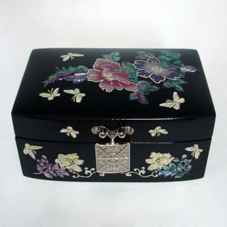Pearl Korean Lacquer Wooden Jewelry Treasure Trinket Small Box Chest