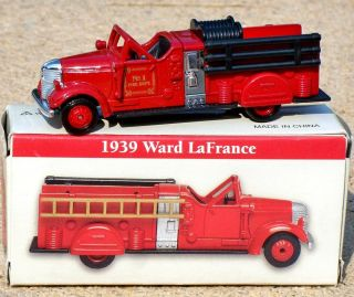 High Speed 1939 Ward LaFrance Fire Engine Pumper Ladder Truck 4 Promo