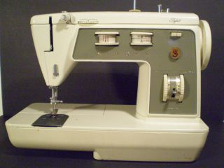 Singer Sewing Machine Model 774  Power Cord Foo Pedal NO Included