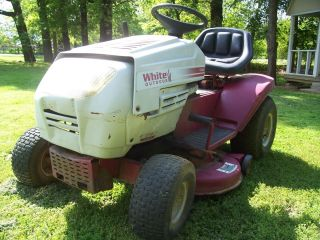 White Outdoors Lt 15 Riding Lawn Mower