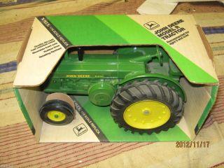 Ertl John Deere R Diesel Toy Tractor 1 16 Scale