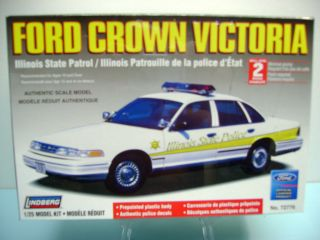 Lindberg 1 25 Scale  Ford Crown Victoria  Illinois State Police Car