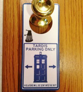 Doctor Who Police Box Sign TARDIS Dalek Time Machine Dr. Cosplay All