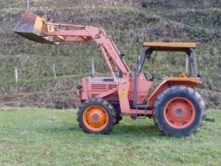 M4950 Kubota 4x4 with Loader
