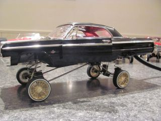 Die Cast 1 18 Scale 1964 Impala Lowrider Hopper