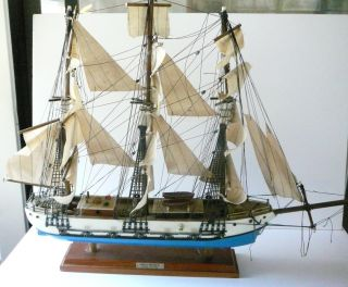 VINTAGE 26 WOOD SHIP MODEL GREAT REPUBLIC CLIPPER 1835, MADE IN