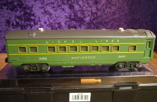 Lionel Maplewood 2400 Passenger Car
