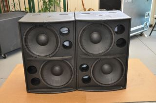 Pair of Martin Audio Wavefront Series WS2A