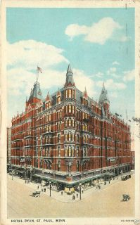 HOTEL RYAN ST PAUL MINNESOTA 1928 POSTCARD FEATURING OLD CARS AND