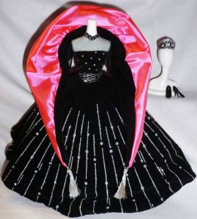 MATTEL BARBIE DOLL ROYAL BLACK VELVET HOT PINK HOLIDAY DRESS TIARA