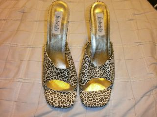 Fredericks of Holloywood Womens Leopard Print Mules Very Sexy Shoes