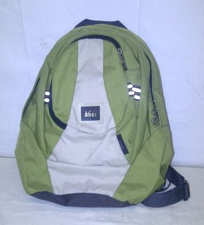 Rei Piton Green Luggage Day Pack Backpack Bag 12