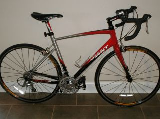 Giant Defy 2 Medium Large Road Bike