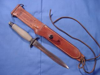 Vietnam Gerber Mark II Combat Fighting Knife and Leather Sheath