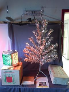 Glow 37br Aluminum Christmas Tree w Turbo 4 Color Wheel Motion Lamp+