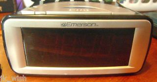 Emerson Smart set digital alarm clock radio 2 alarms cks9031 blue