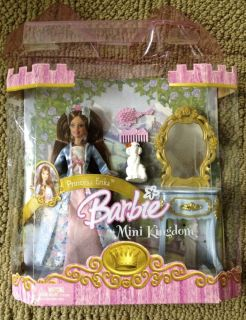 Mattel Barbie Mini Kingdom Mini Barbi Princess Erika Doll New