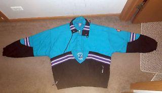 Vintage NBA Charlotte Hornets Winter Starter Jacket