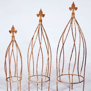 Wrought Iron Twist Topiary or Obelisk Trellis   Great in a Flower Pot
