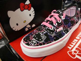 Vans Hello Kitty Authentic Blk/PssnFlwr Kids size 11   4 [VN 0OKN66Y]