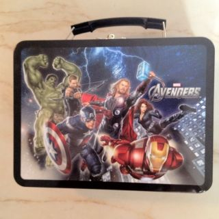 The Avengers Metal Tin Lunch Box Bag Hulk Hawkeye Black Widow Iron Man