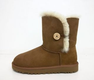 UGG Australia Kids 5991 Bailey Button Chestnut Sizes 13,1,2,3,4