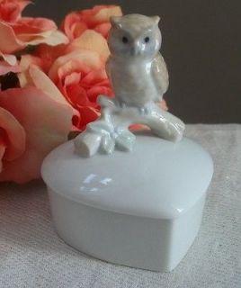 Vtg porcelain Otagiri Japan owl on a branch heart shape trinket box