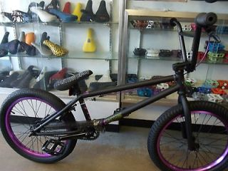 EASTERN BIKES TRAILDIGGER MATTE BLACK/PURPLE 2013 BMX BIKE