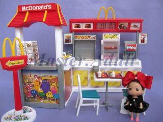 Barbie McDonald Restaurant w/ Food & Sales Counter,Table & Chair, etc