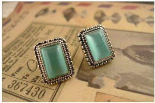 Fashion Retro Cat Eye Stone Green Stud Earring Earrings Jewlery JW083