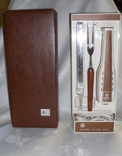 VINTAGE GENERAL ELECTRIC CARVING KNIFE DELUXE SET HANGABLE AND STORAGE