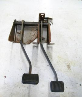 Jeep Wrangler TJ Clutch Brake Pedal Assembly 97 06