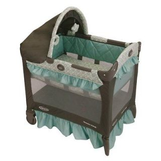 Graco Baby Travel Lite Portable Folding Crib w/ Bassinet   Winslet