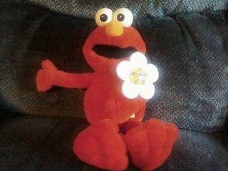Sesame Street ELMO LOVES YOU Plush Talking Doll Toy Light Up Flower 15