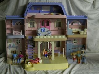 Loving Family Classic Dollhouse Pink Purple 21 Accessories & People