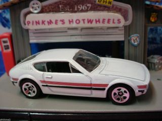 2012 Hot Wheels VOLKSWAGEN SP2 New WHITE VW Multi Design Ex New Loose