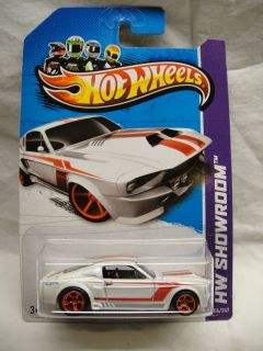 Hot Wheels 2013 Custom Super Treasure Hunt 67 Shelby Mustang GT500