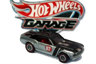 2011 Hot Wheels Garage 14 67 Ford Mustang Coupe